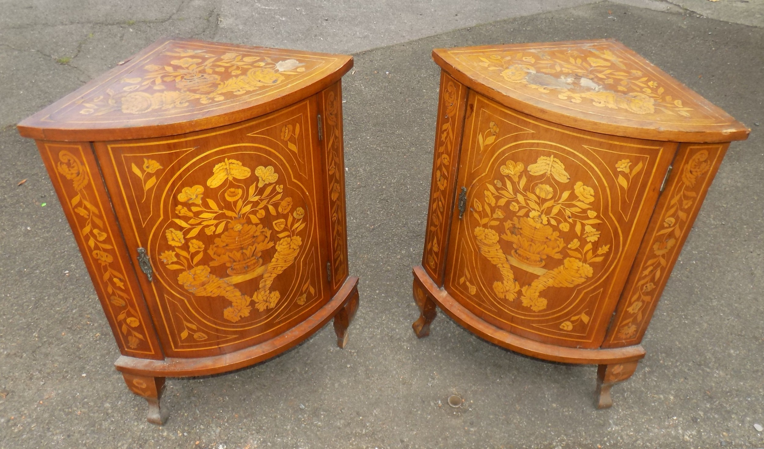 pair of 19th century dutch floral marquetry mahogany inlaid corner cabinets