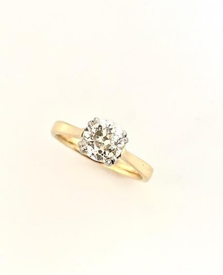 18ct yellow platinum old european cut diamond 144ct ring