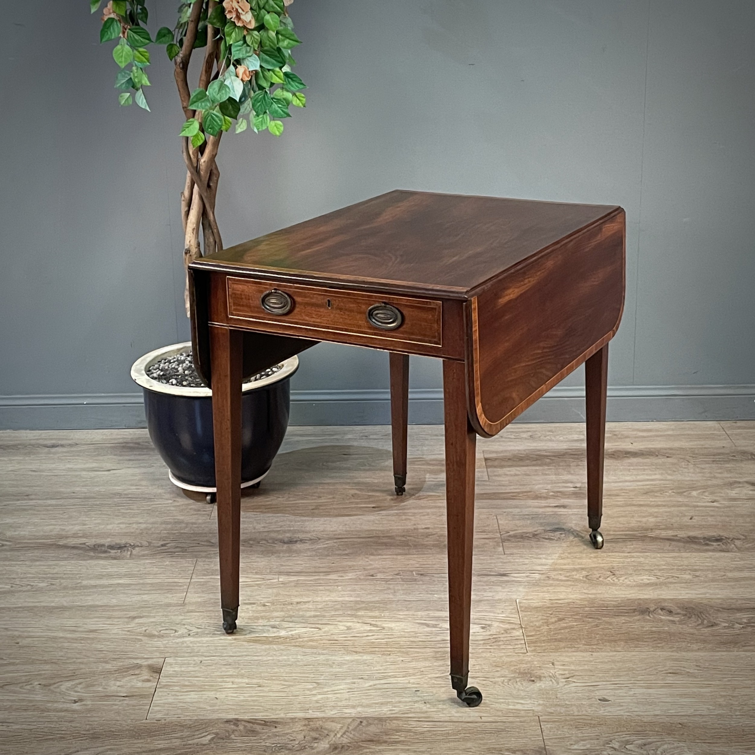 attractive antique victorian mahogany occasional side hall pembroke table