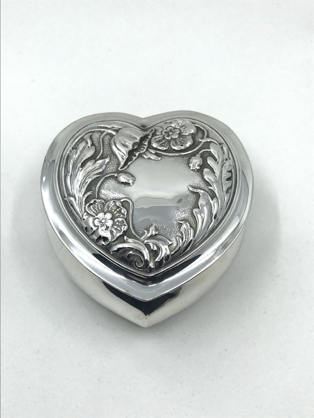 silver heart trinket box