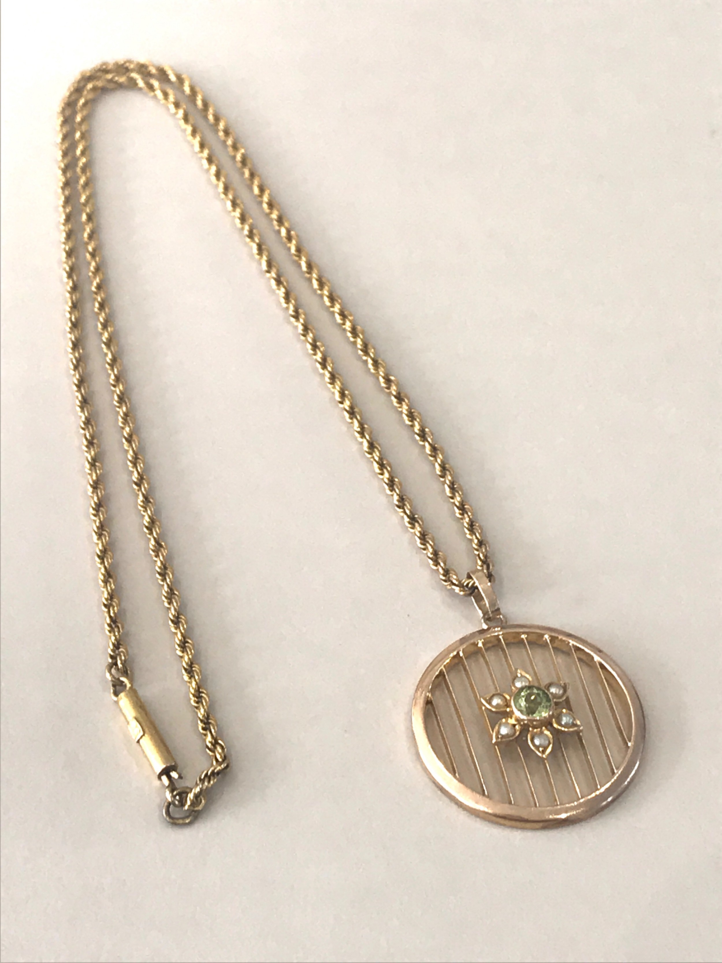 9 ct edwardian peridot and seed pearl necklace