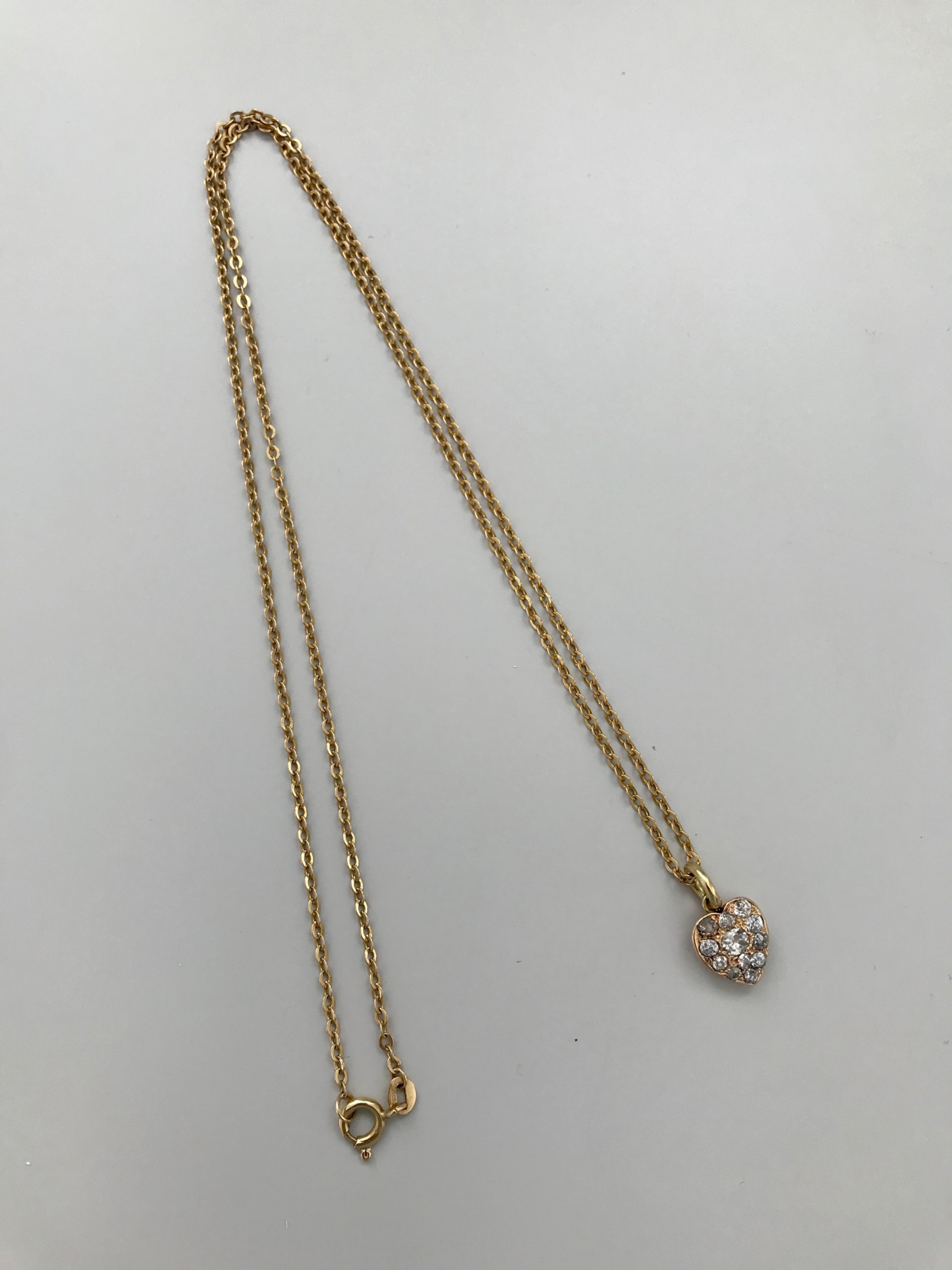 18 ct late victorian yellow gold diamond heart necklace