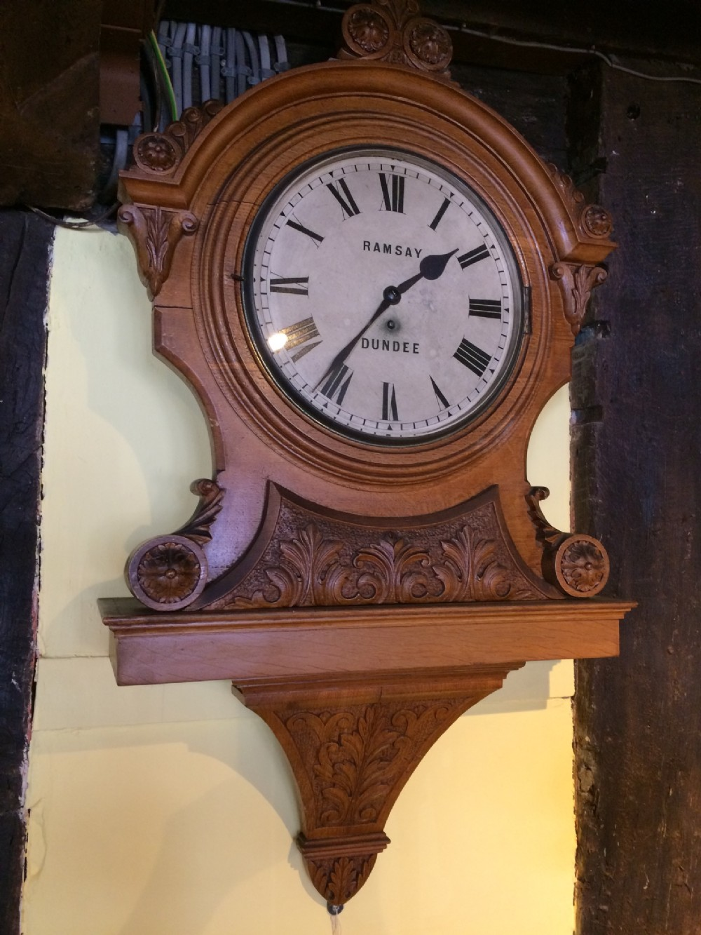 19thc single fuse oak wall scottish clock