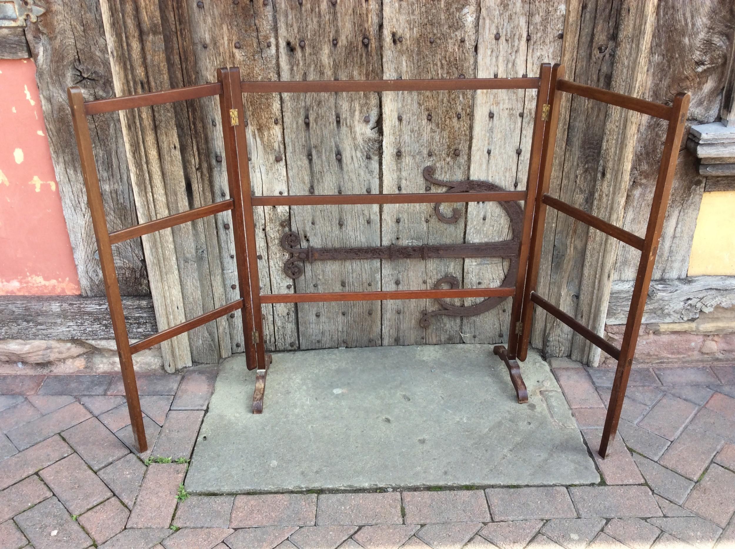 an edwardian mahogany 3 fold towel rail