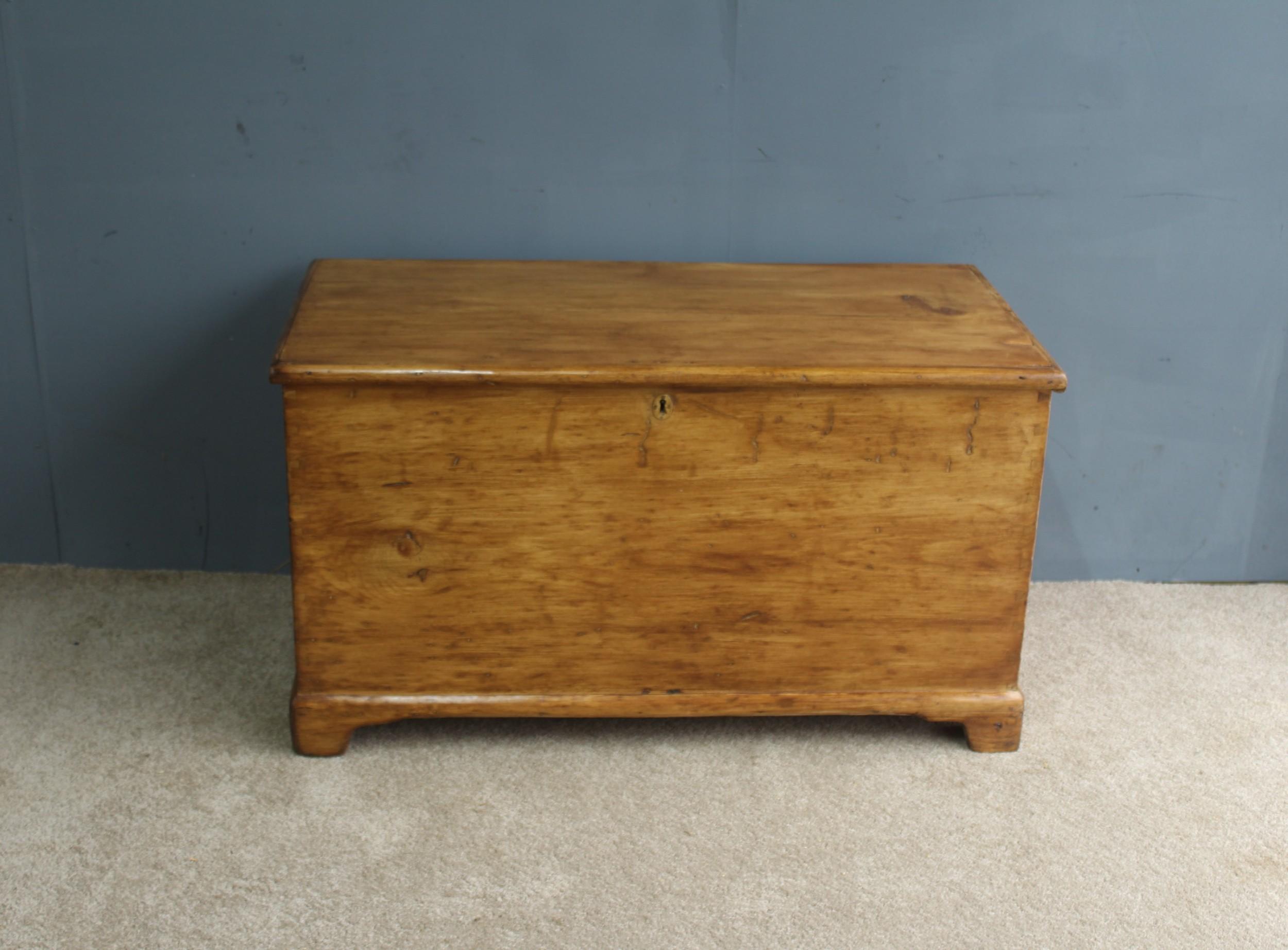 large victorian pine blanket chest box