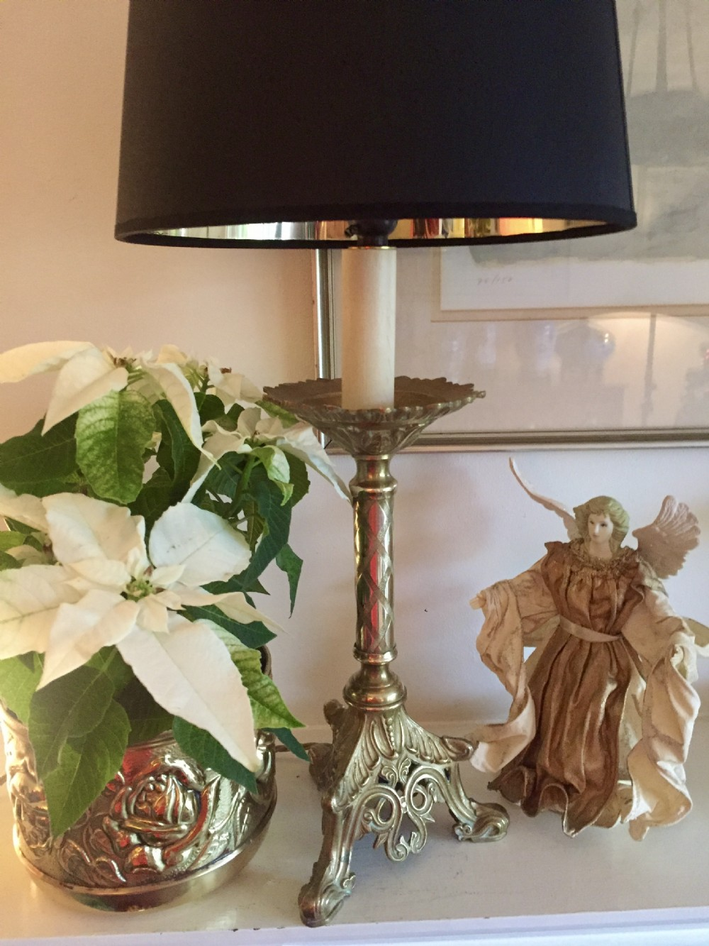 19th century table lamp in bronze