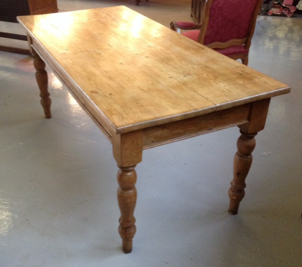 Victorian Pine Farmhouse Table On Turned Legs Circa 1880