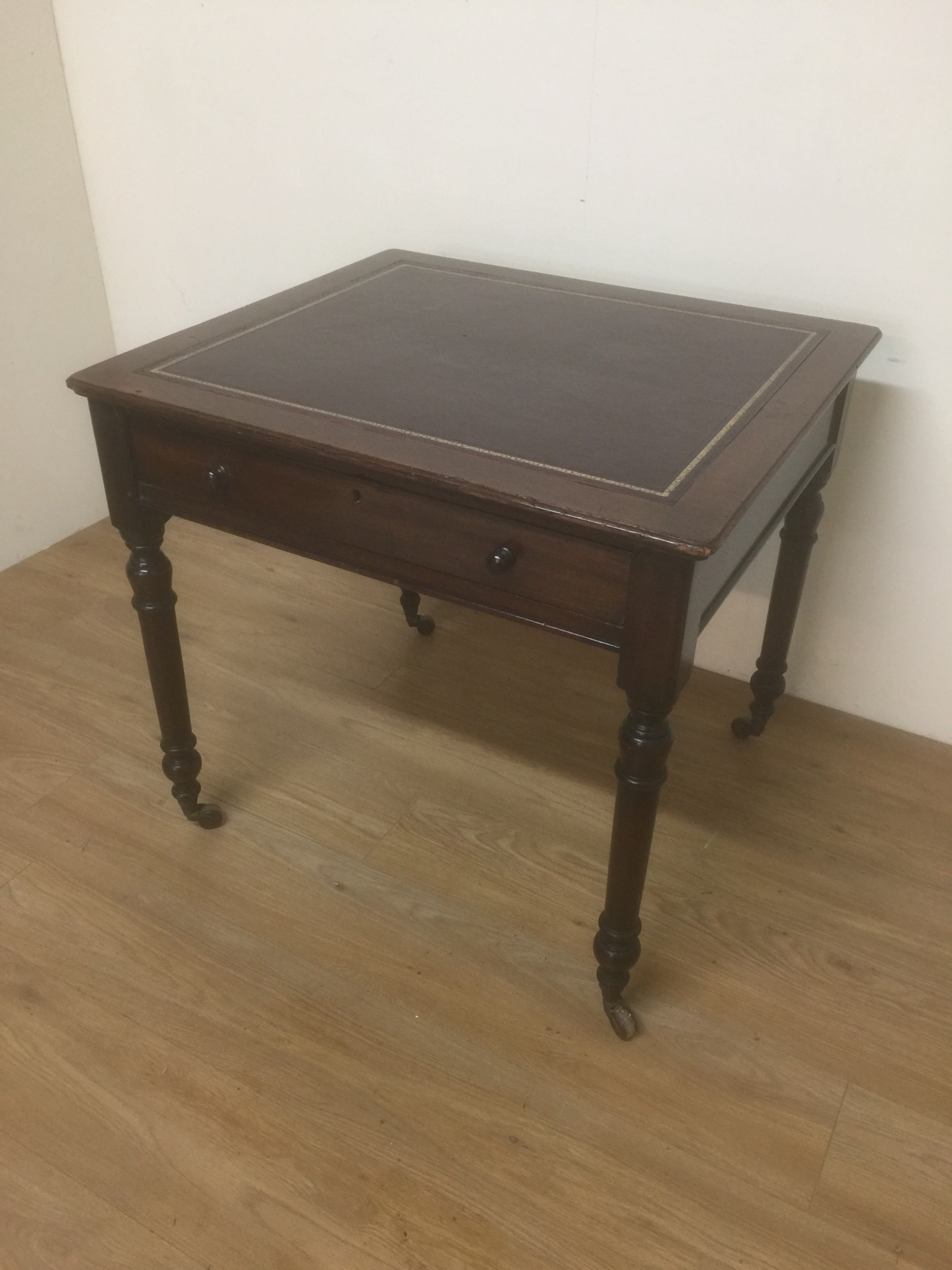 victorian mahogany leather topped writing table