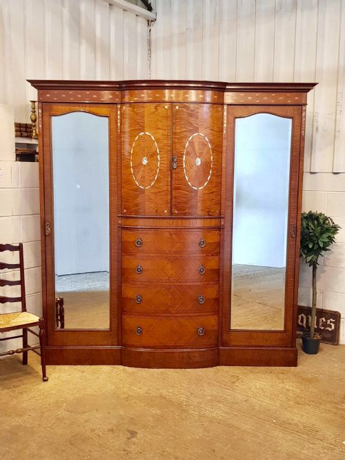 Armoires/wardrobes Edwardian Breakfront Triple Combination Wardrobe With Key