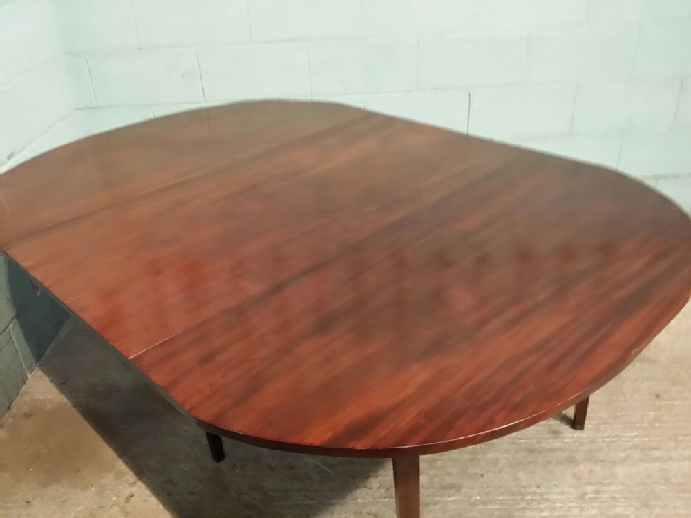 Antique Regency Mahogany Large Drop Leaf Dining Table  : dealerCastleforgehighres1443354607703 0106919170 from www.sellingantiques.co.uk size 1000 x 750 jpeg 82kB