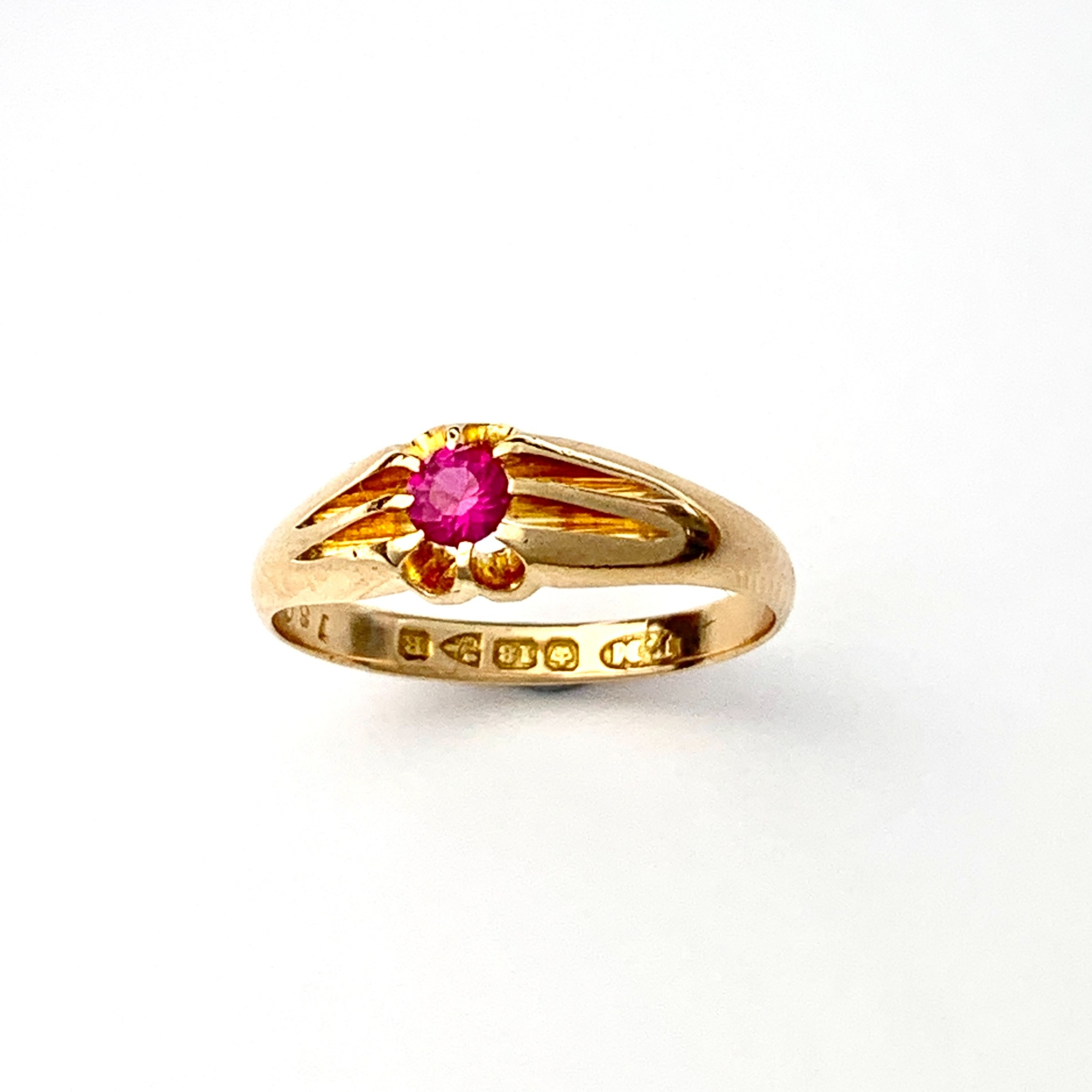 victorian 18ct gold ruby solitaire or pinky ring