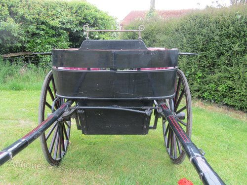 A Charming Horse Drawn Governess Cart, Pony Trap, Gig | 330326