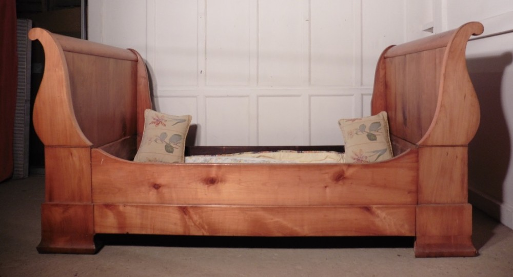 19th century french empire style single day bed