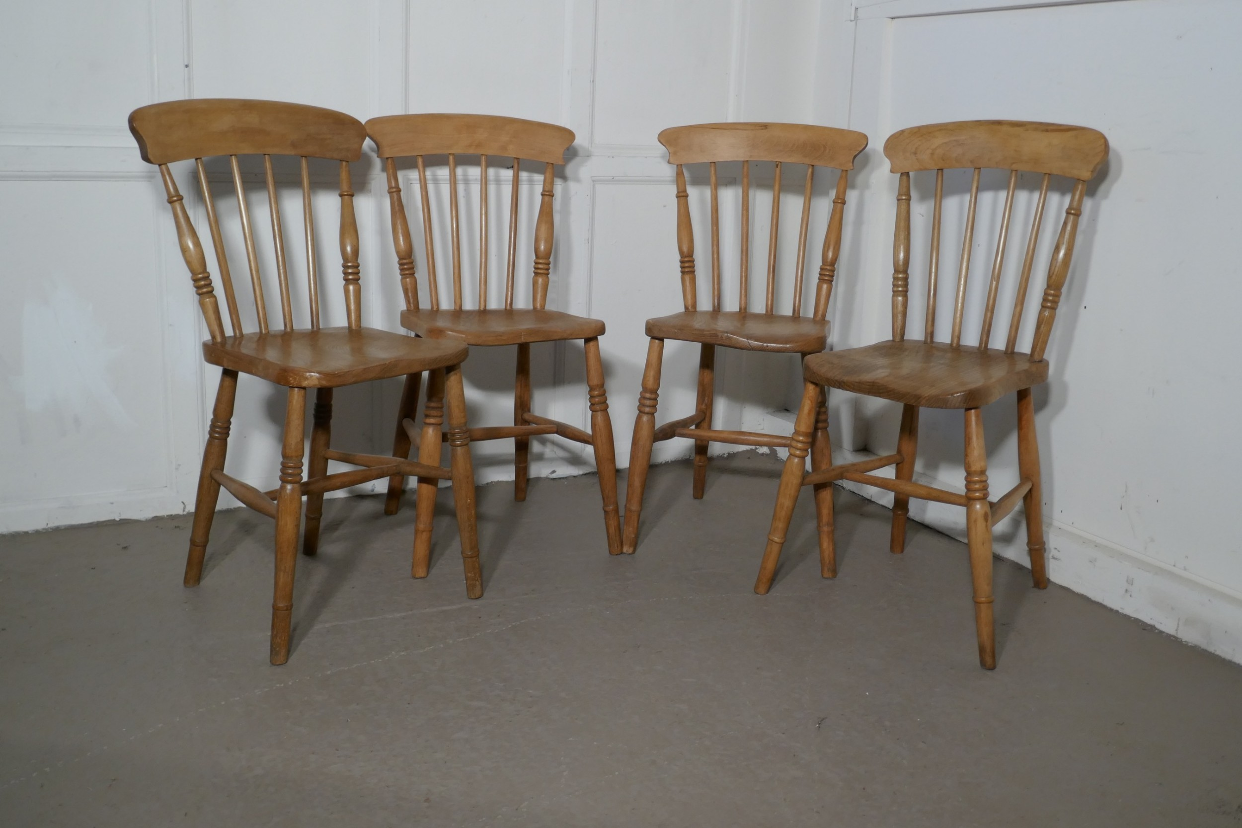 harlequin set of 4 victorian beech elm country kitchen chairs