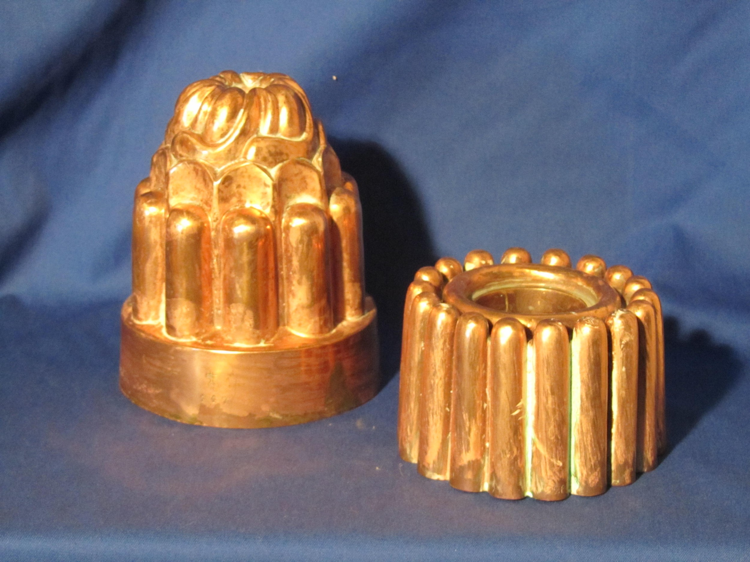 two 19th century benham jelly moulds