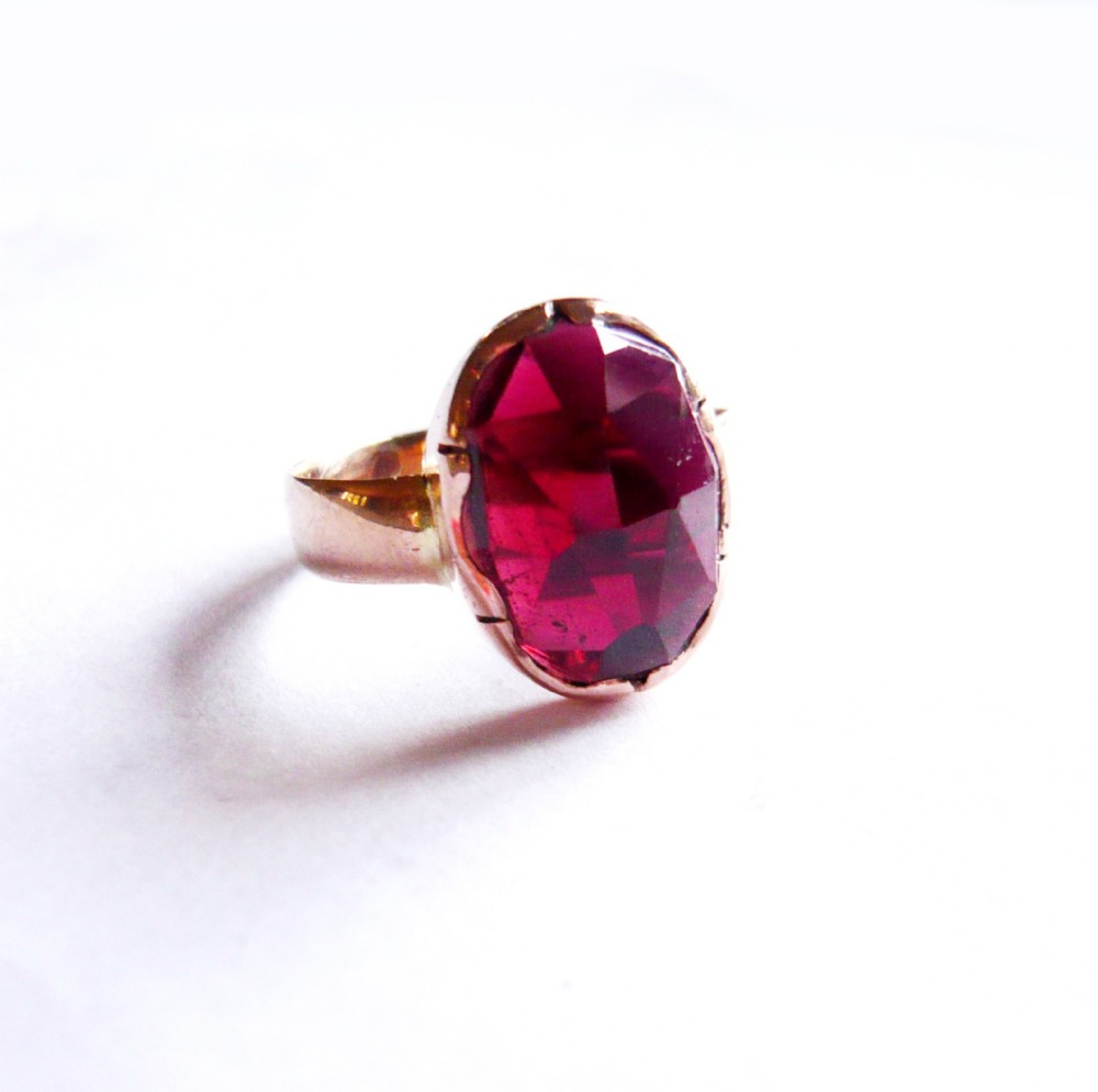 victorian 15ct gold faceted garnet solitaire ring