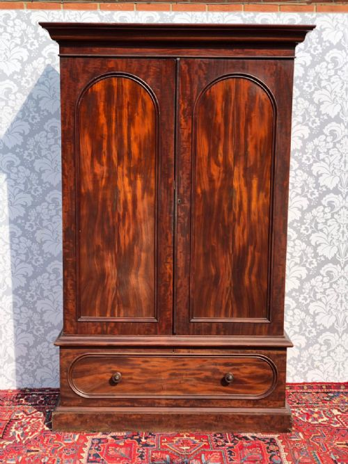 Antique 1910 Mahogany Wardrobe Uk Delivery Available Pure White And Translucent Armoires/wardrobes Edwardian (1901-1910)