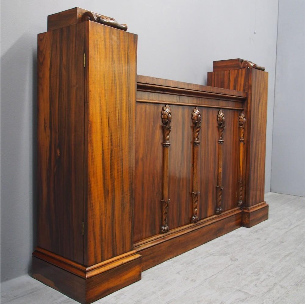regency goncalo alves cabinet