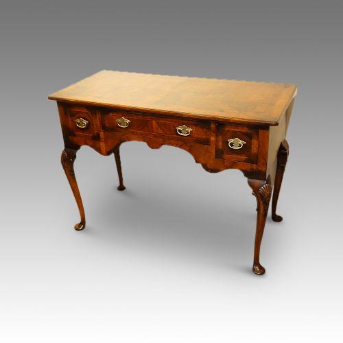 1920s walnut dressing table