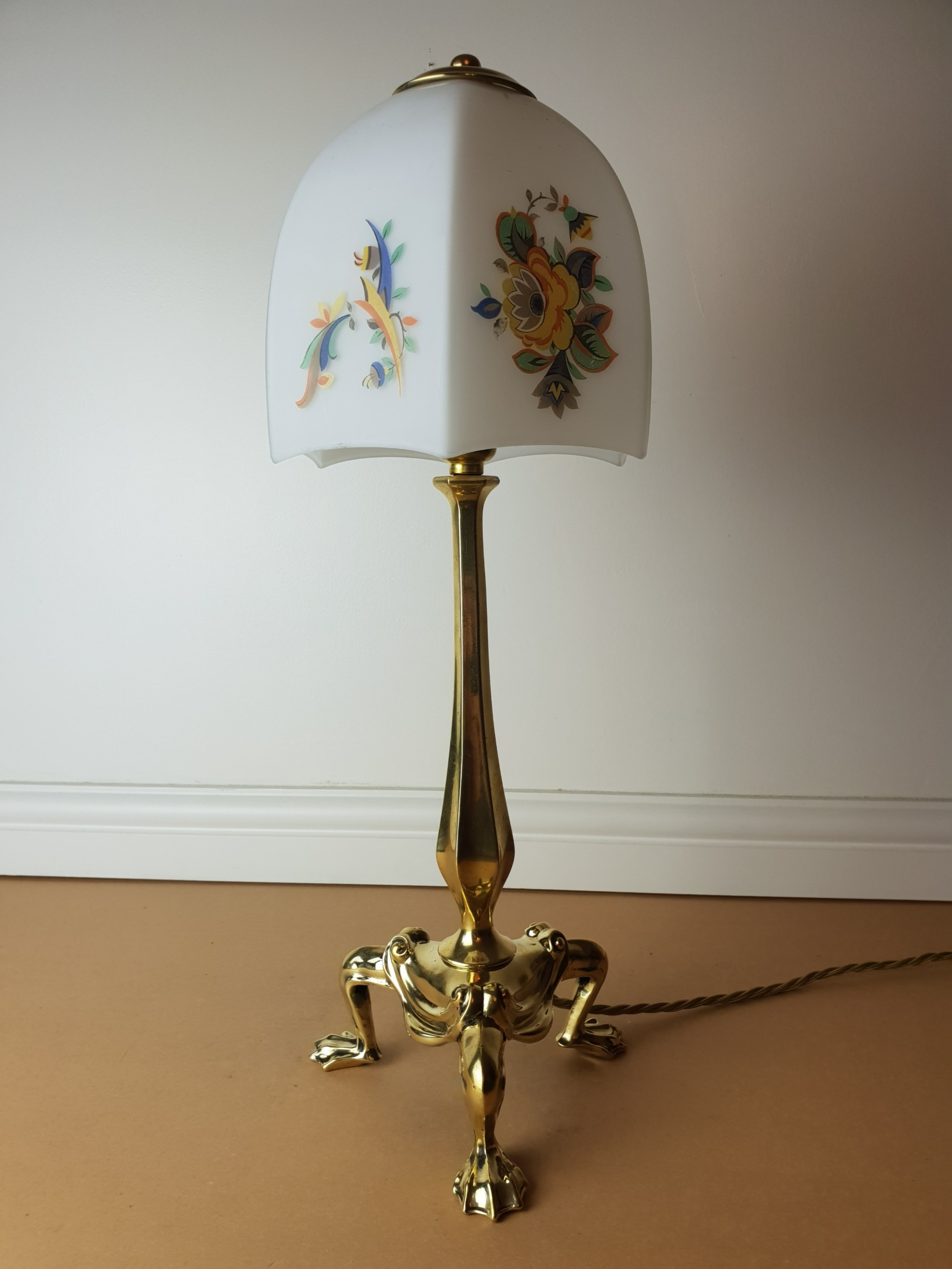 Faraday and sons brass pullman table lamp with floral ceramic shade faraday and sons brass pullman table lamp with floral ceramic shade rewired and pat tested greentooth Gallery