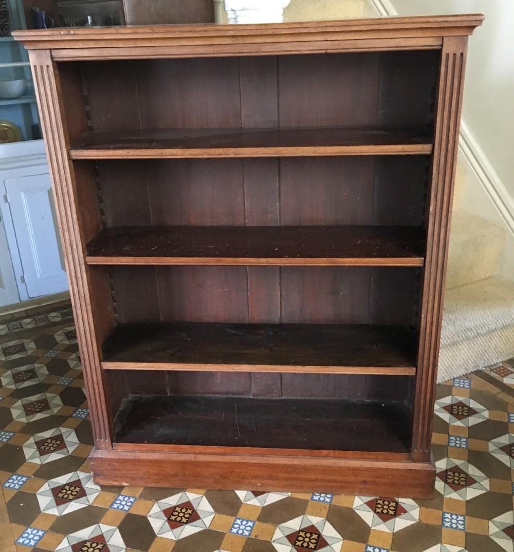 edwardian walnut bookcase with adjustable shelfs