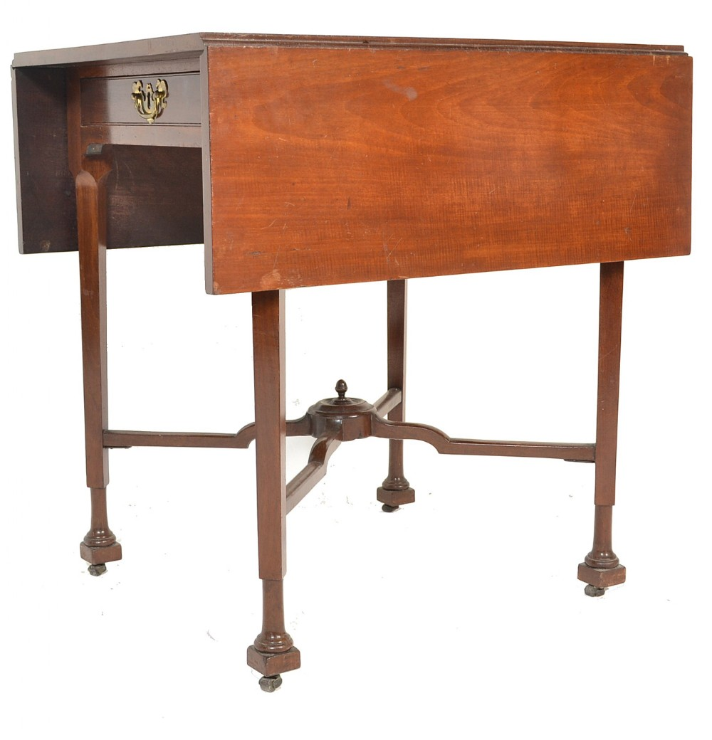 c18th supper table with unusual legs