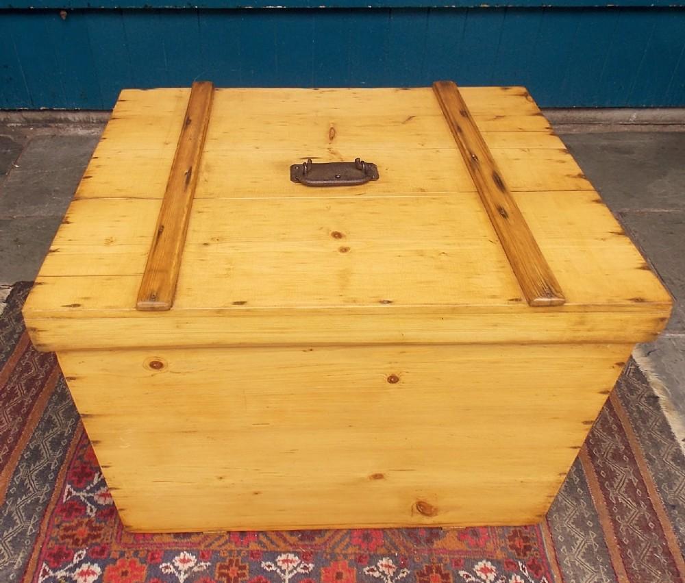 pine storage chest