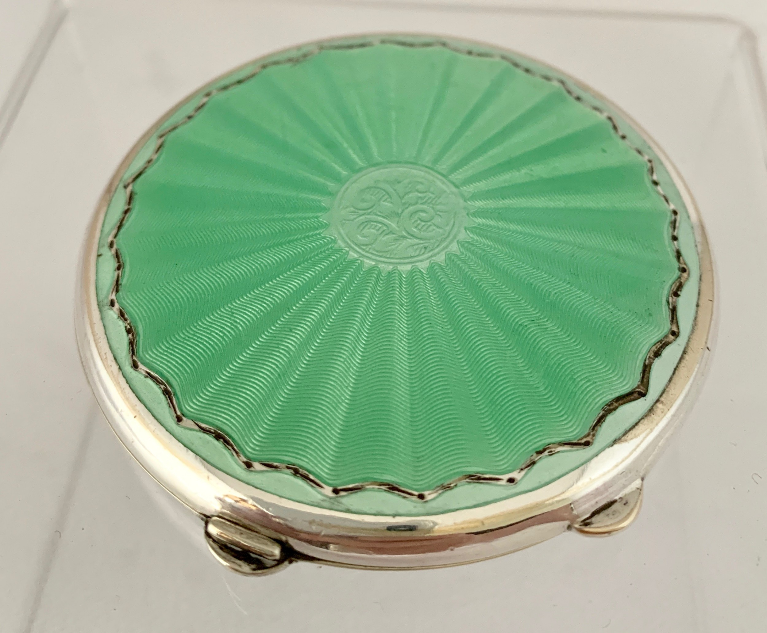 pretty green enamel compact