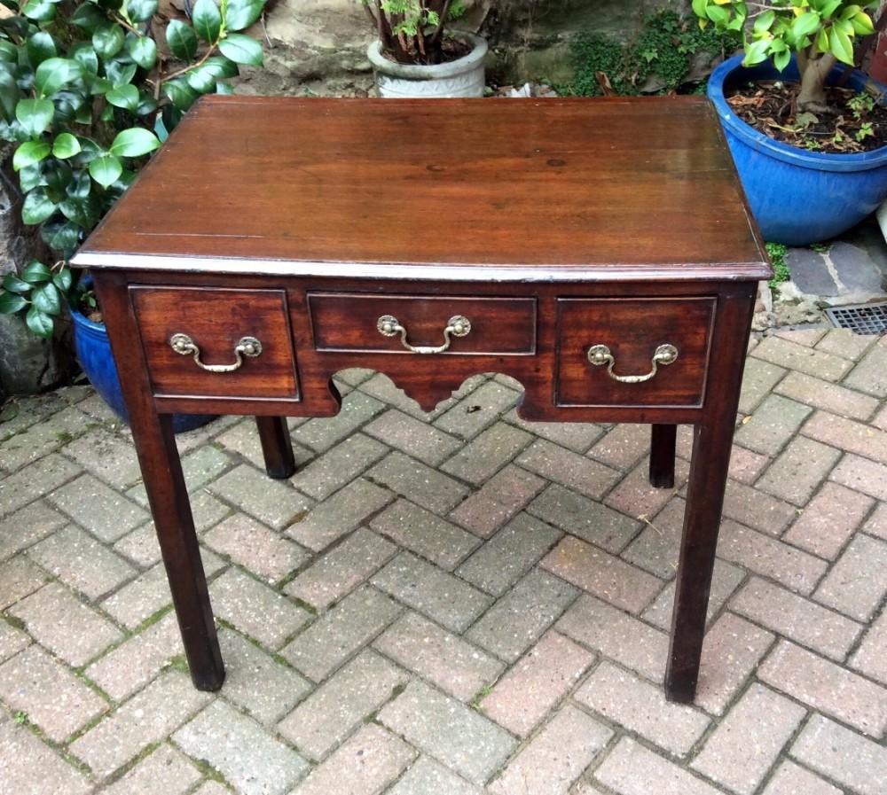 georgian mahogany lowboy or side table