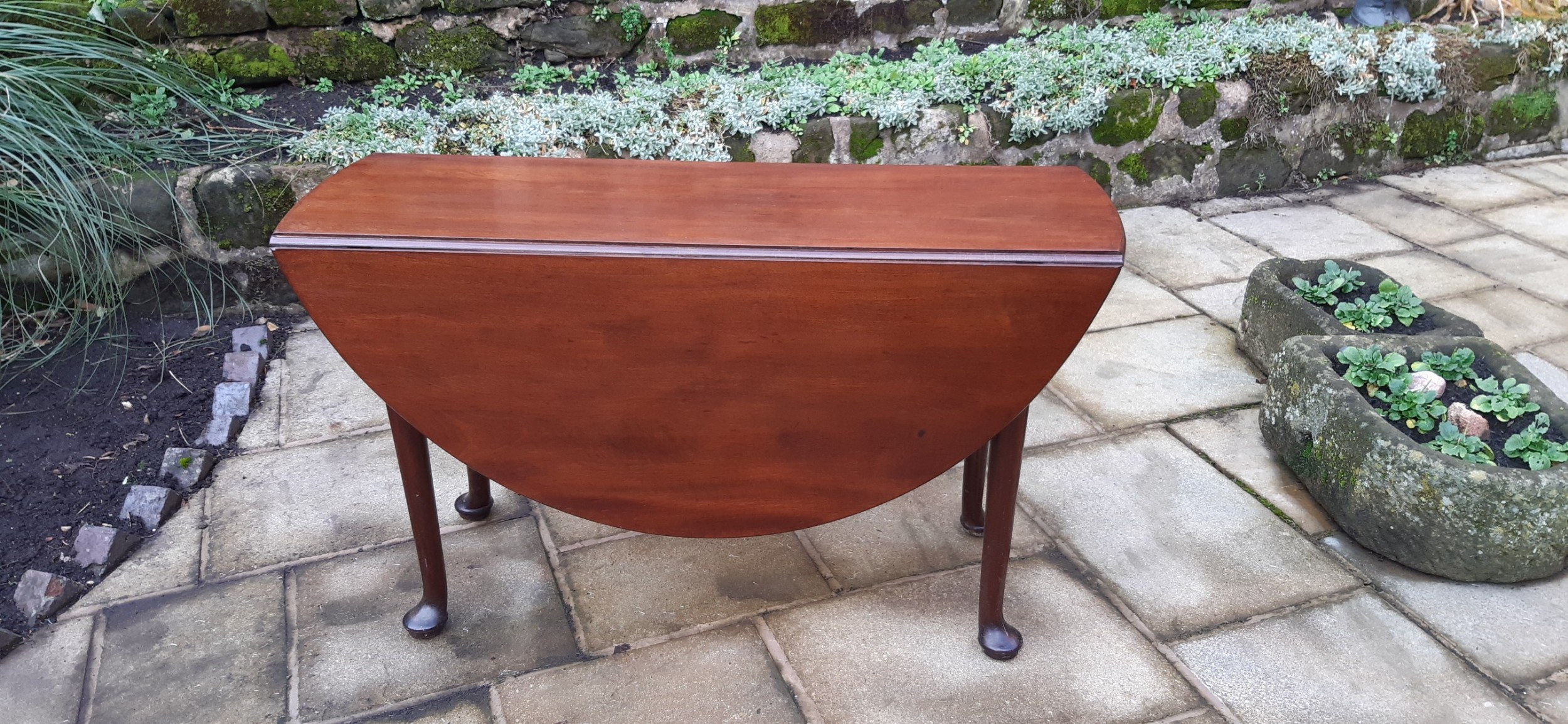 georgian mahogany drop leaf dining table