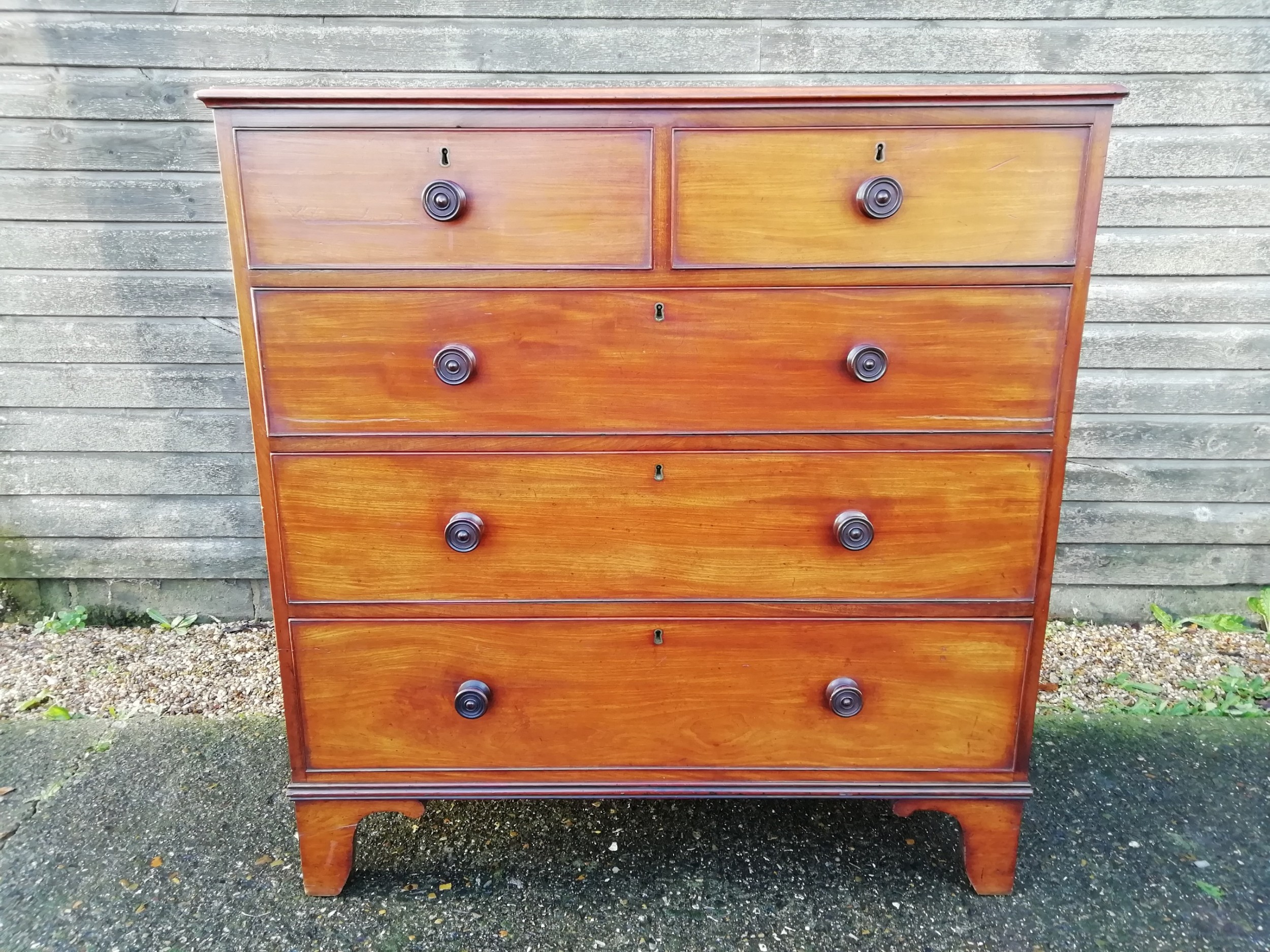 mahogany chest of drawers victorian