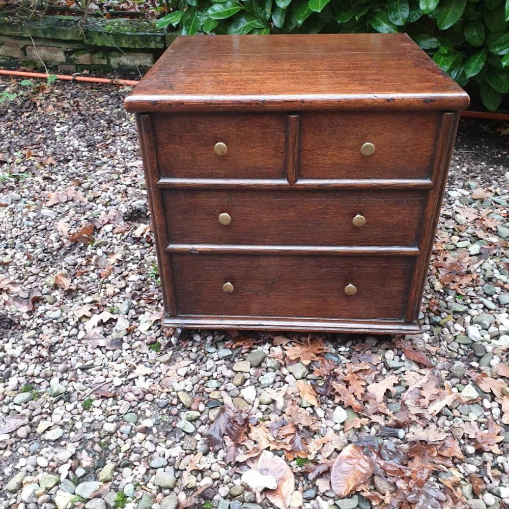 a super small 18thcentury box closed stool inoak