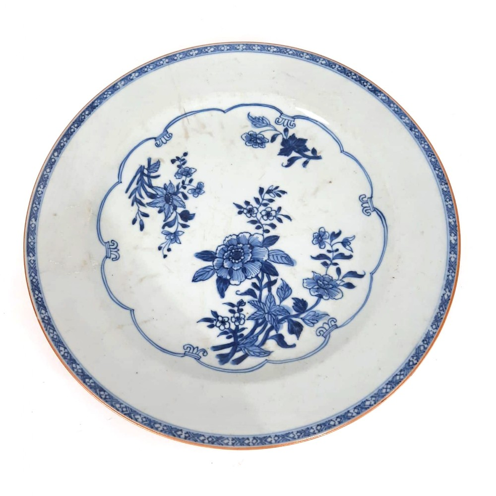 chinese 18th century blue and white plate