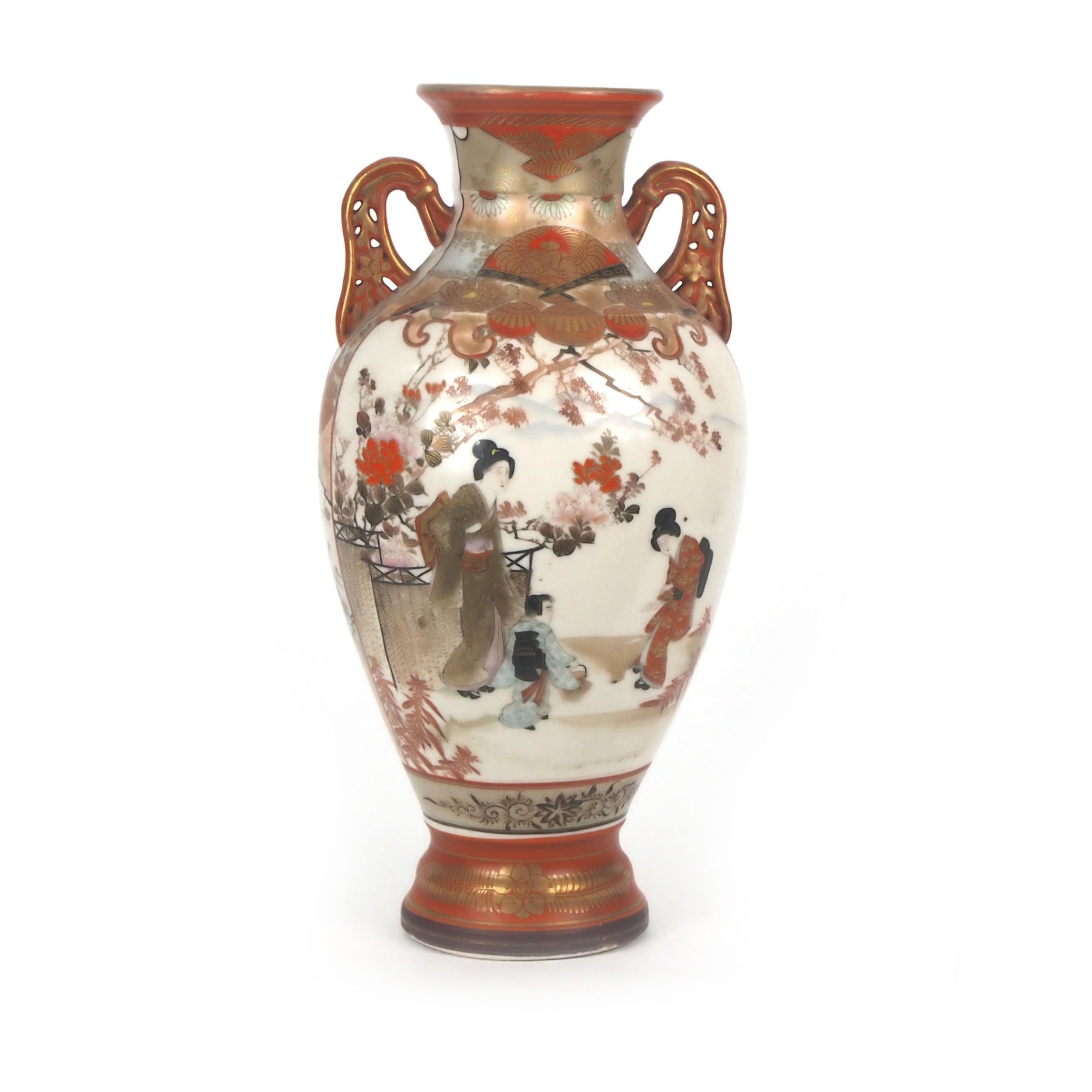 japanese kutani vase