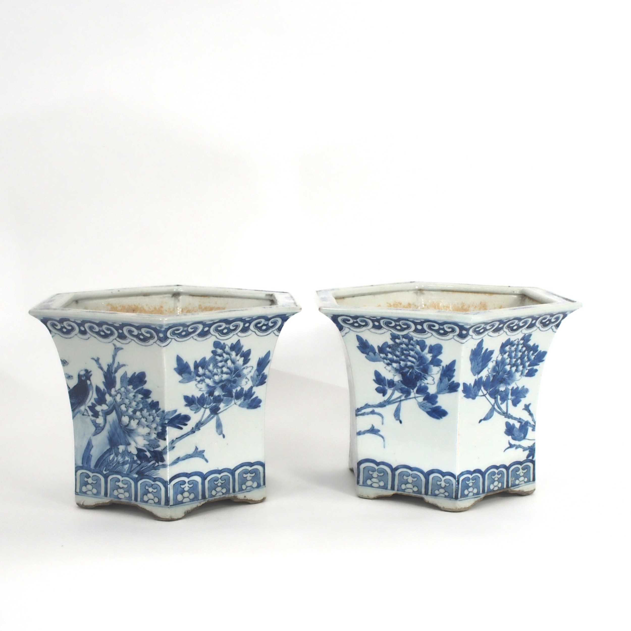 pair of very pretty chinese blue and white plant pot jardinieres