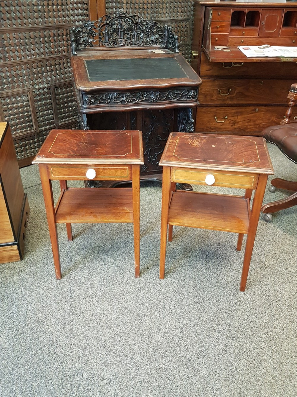 small pair of tables