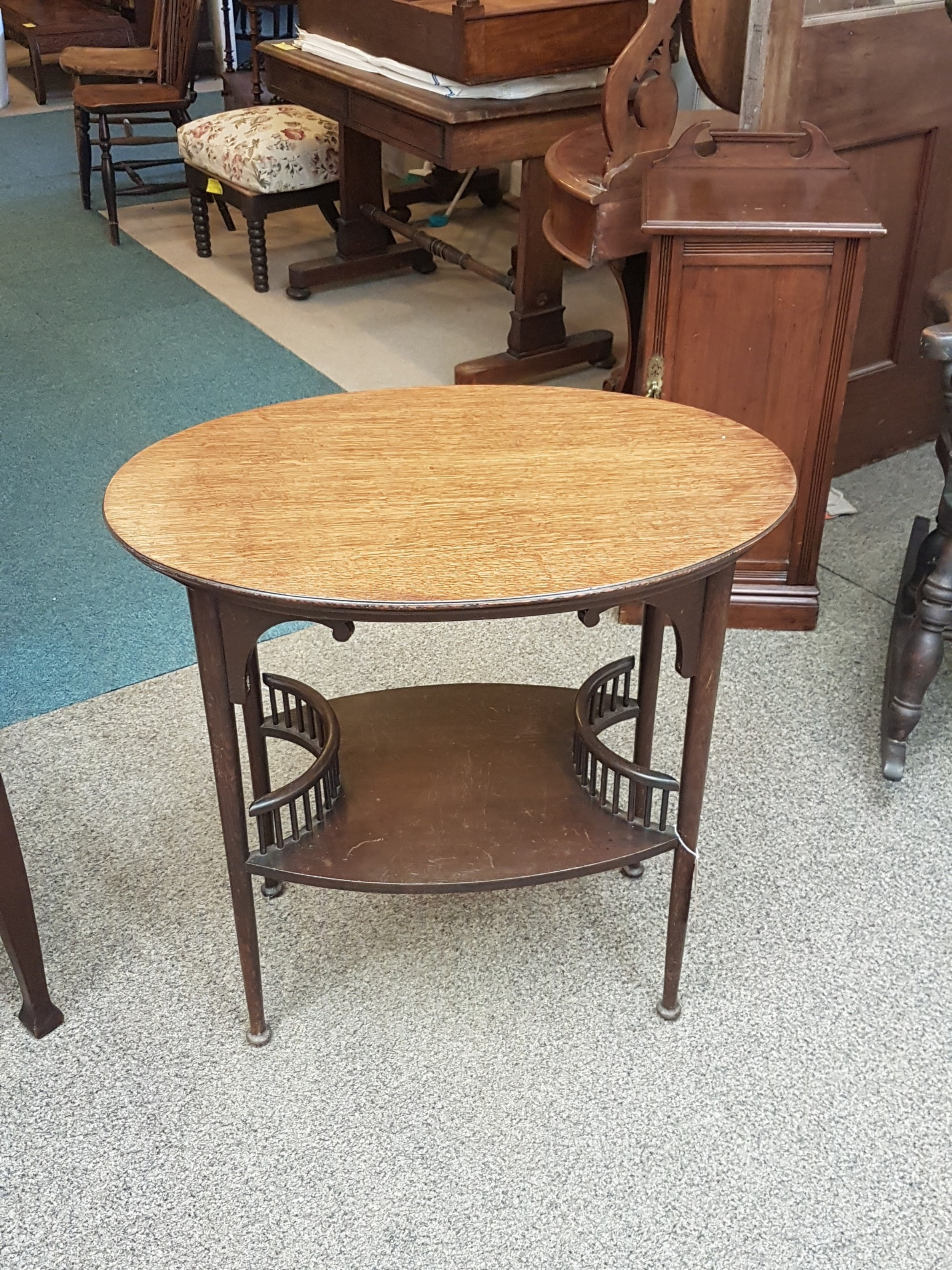 arts and crafts table