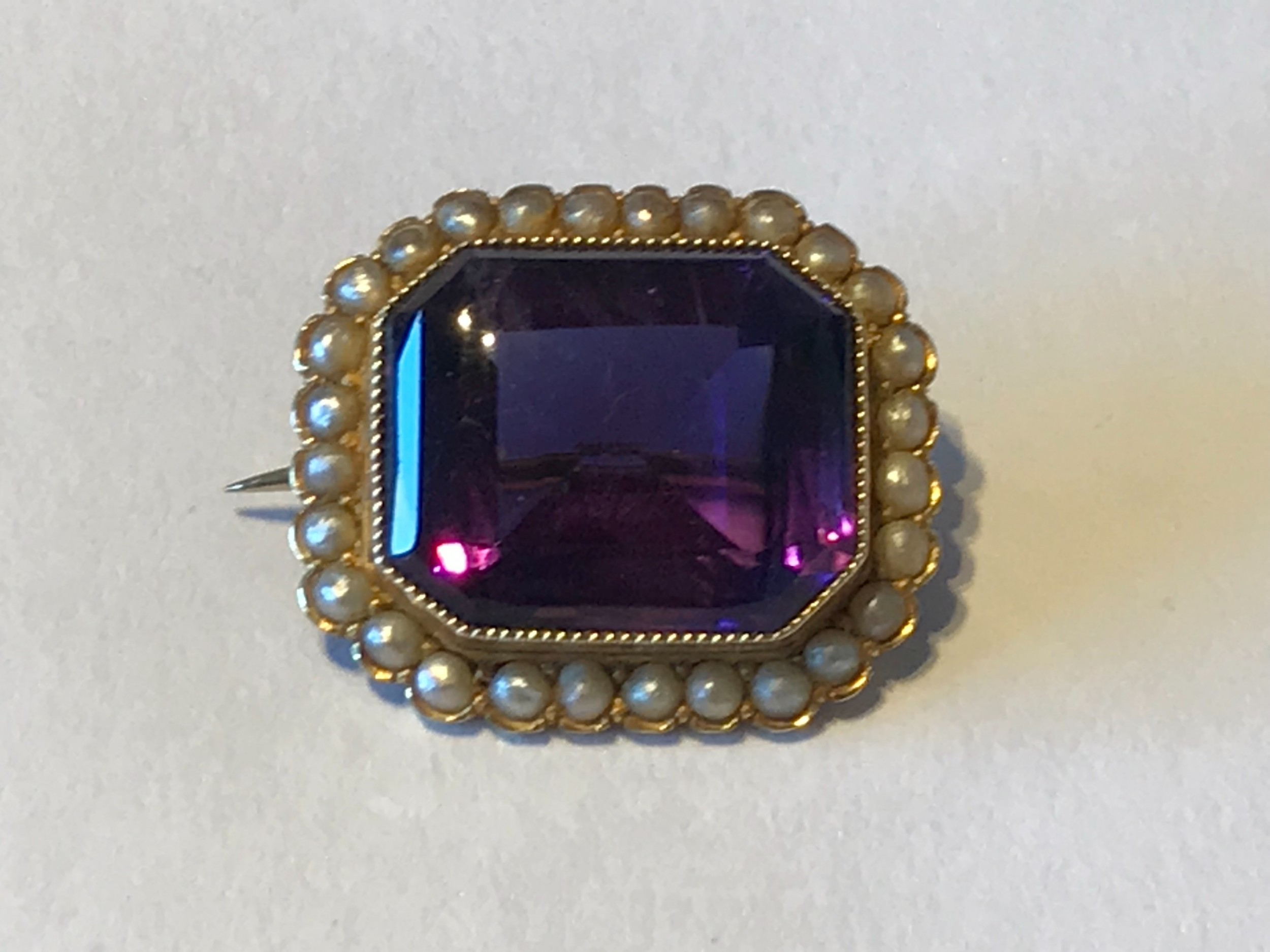 victorian amethyst and seed pearl 18ct brooch