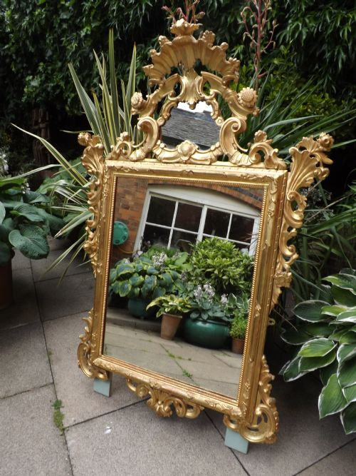 c18th style italian venetiandesign carved giltwood mirror