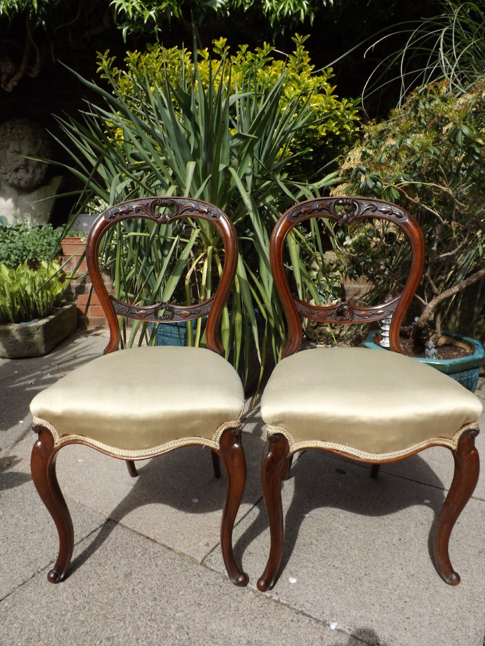 pair of mid c19th victorian period walnut salonsidechairs
