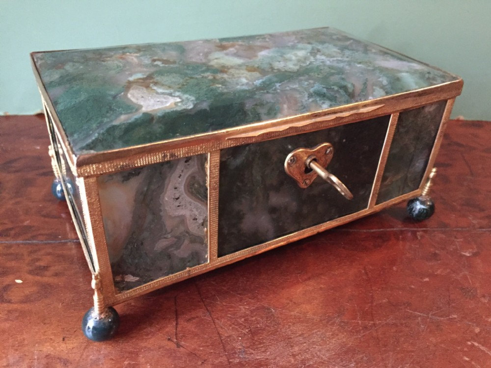 Fine Larger Scale Cth Austrohungarian Giltbronze Framed Agate - Casket coffee table