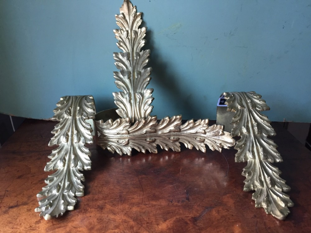 set of 4 late c19th french ormolu bronze acanthusleaf curtain tiebacks