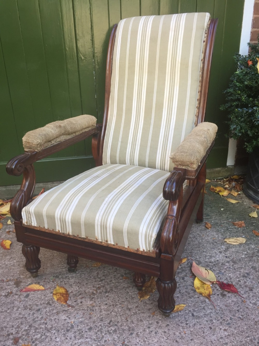 early c19th george iv period reclining mahogany library armchair in the manner of robert daws' patent design