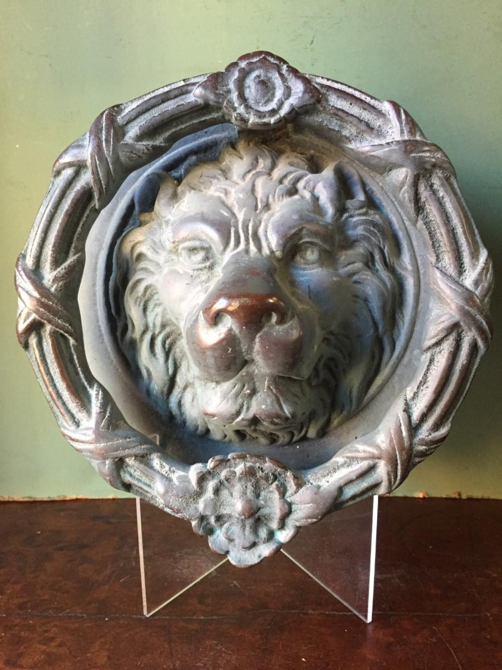 large late c19th early c20th cast verdigris bronze classicalstyle lion'smask door knocker