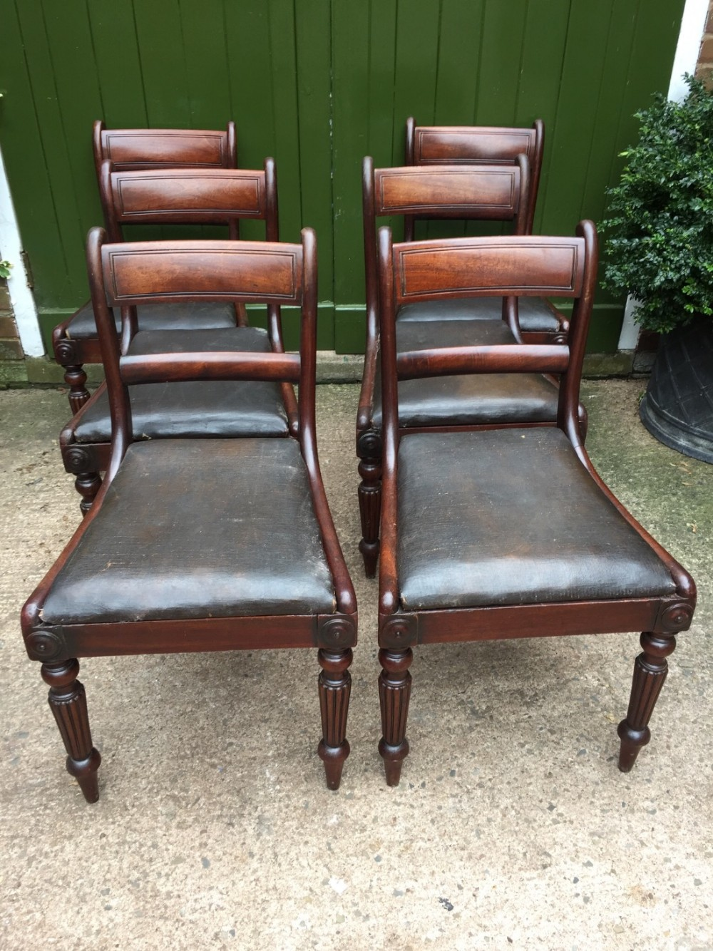 set of 6 early c19th george iv period mahogany dining chairs of exceptional quality