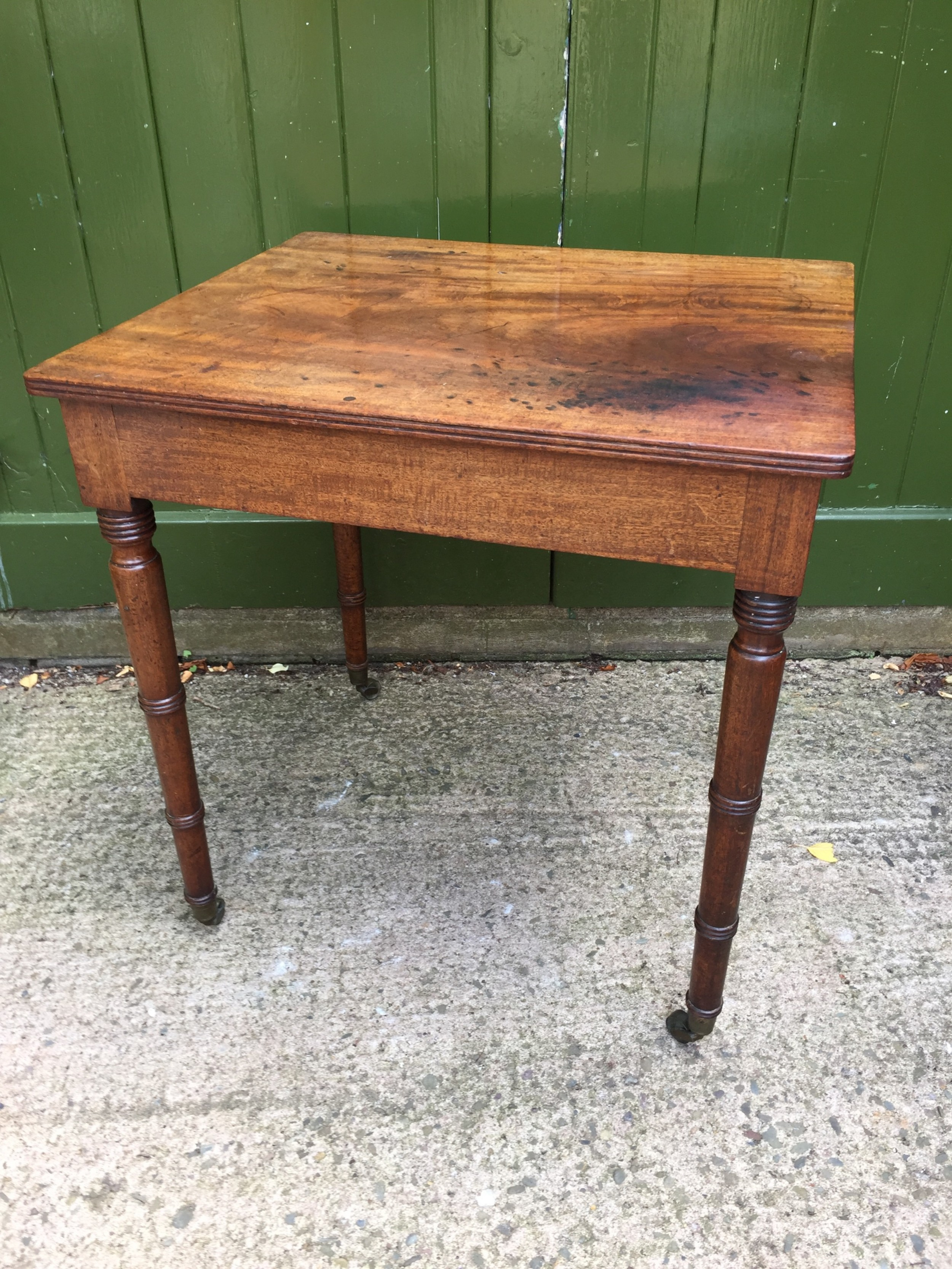 elegant late c18thearly c19th george iii period mahogany lamp or centre table