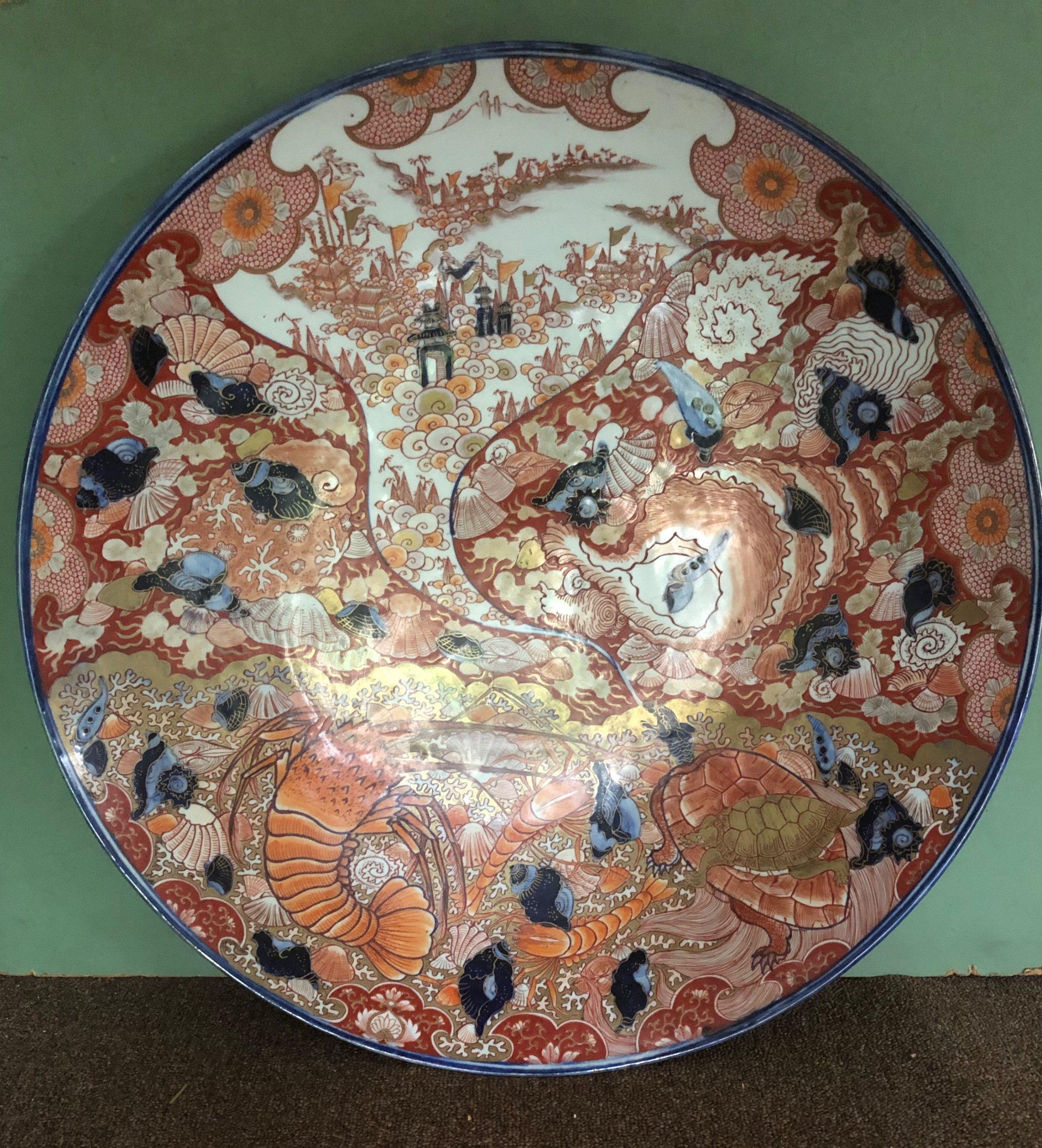 fine large late c19th japanese meiji period porcelain charger in the imari palette