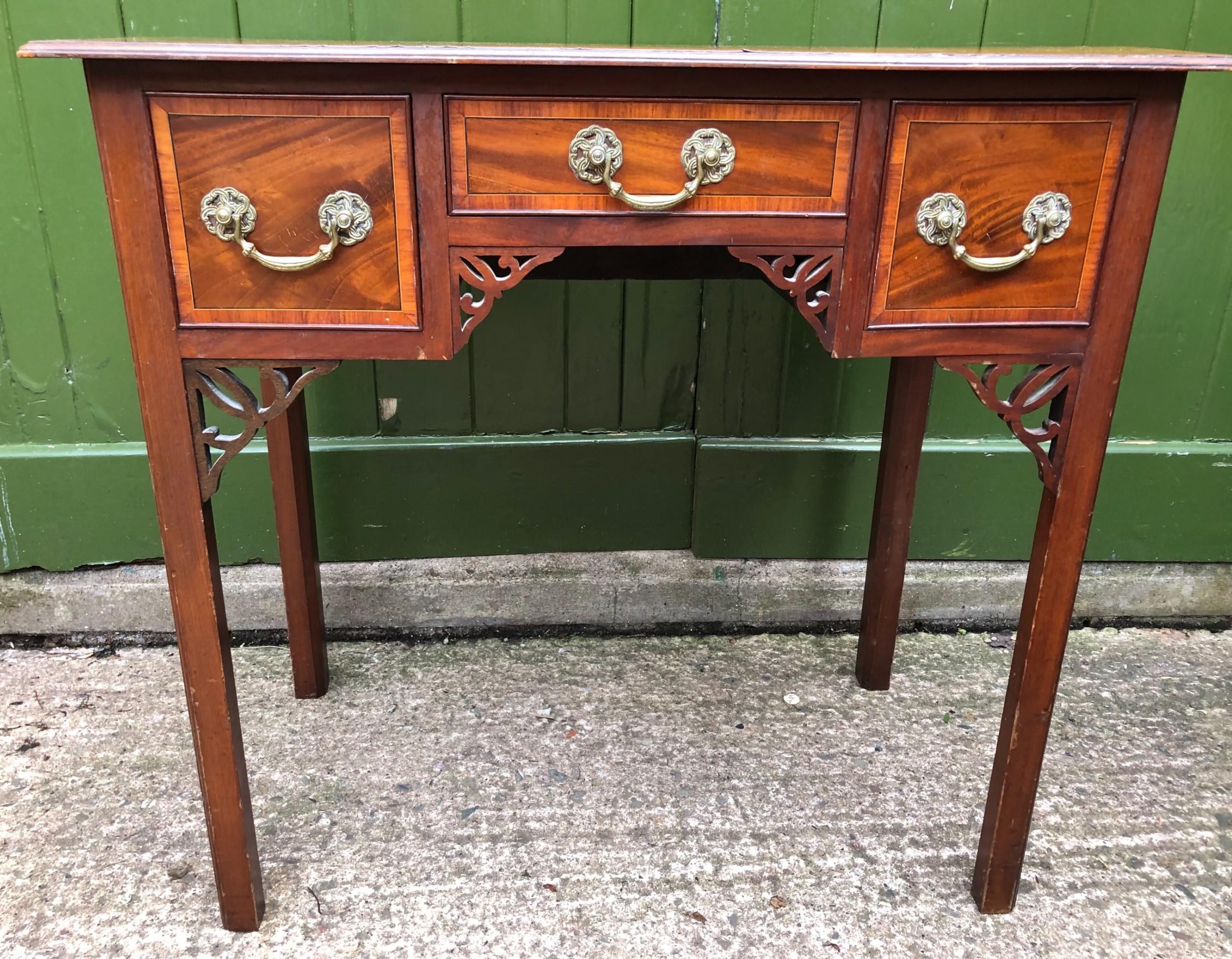 c18th george iii period mahogany lowboy or side table