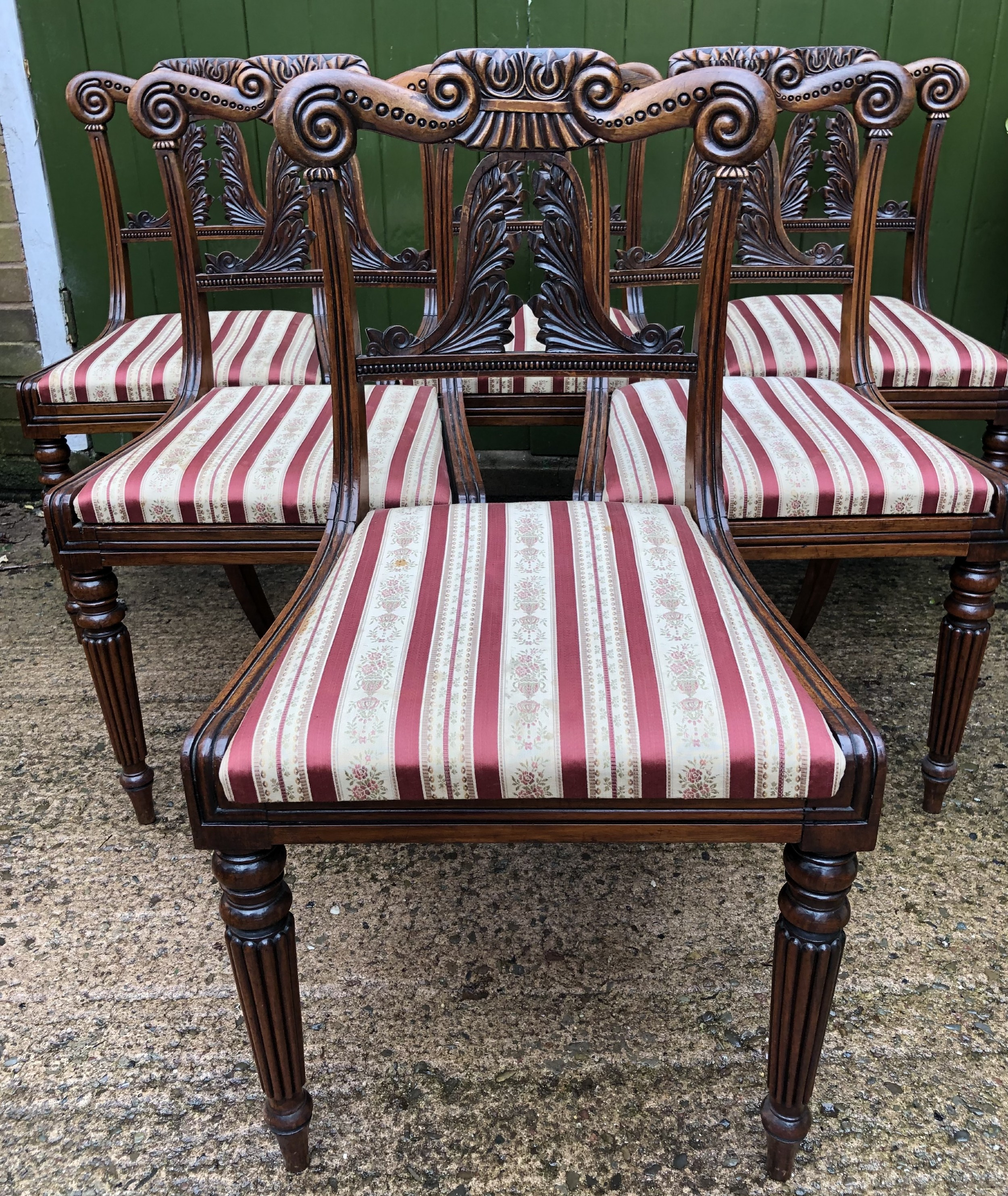 set of 6 early c19th george iv period carved rosewood dining chairs in the manner of gillows of lancaster