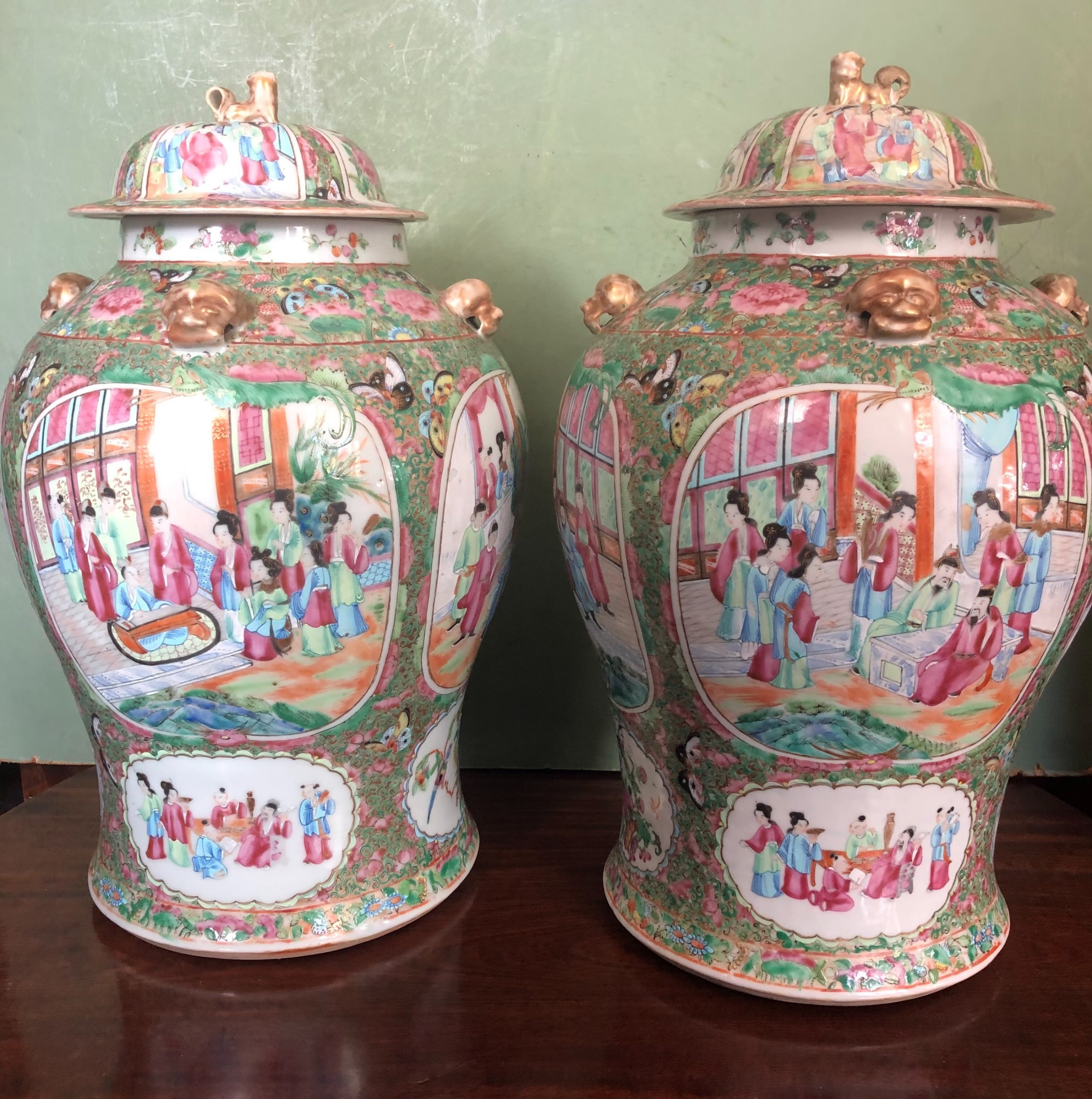 pair of c19th chinese cantonese porcelain famille rose enamel decorated vases and covers